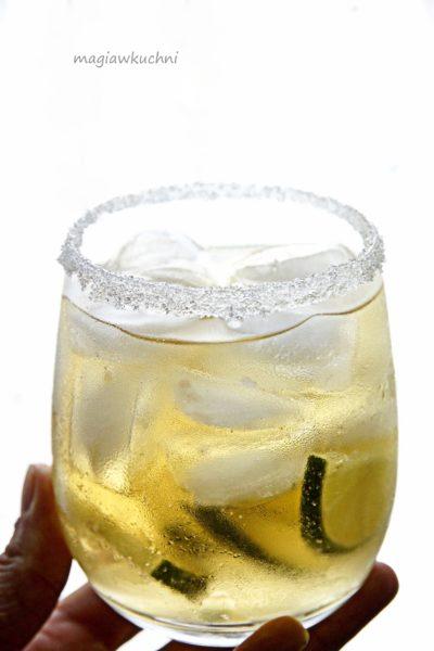 Drink z ciemnym rumem