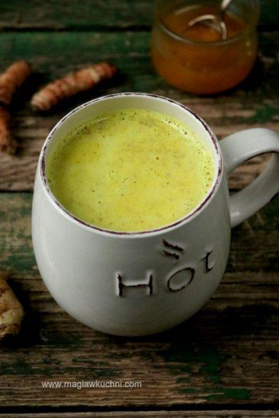 Złote mleko na przeziębienie